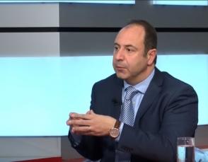 Революция требует жертв, и одной из них сегодня является Роберт Кочарян – Севак Торосян (видео)