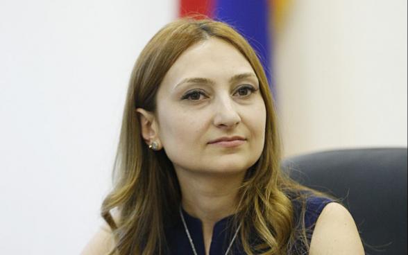 Լիլիթ Մակունց.