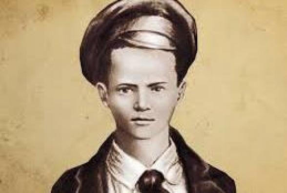 Պողոս (Պավել) Մորոզովը այնքան էր տարվել հեղափոխության գաղափարներով, որ դատարանում ինքնաբուխ ցուցմունք էր տվել սեփական հոր դեմ
