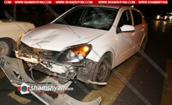 Երևանում բախվել են առանց համարանիշի մոպեդն ու Opel Astra-ն. մոպեդավարը շպրտվել և գլխով բախվել է Opel-ի դիմապակուն