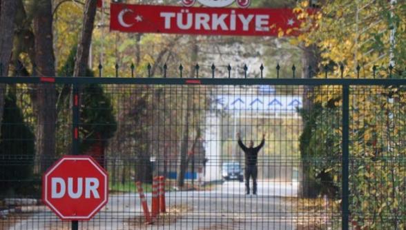 ԻՊ-ի անդամ ԱՄՆ քաղաքացին մնացել է Հունաստանի ու Թուրքիայի չեզոք գոտում