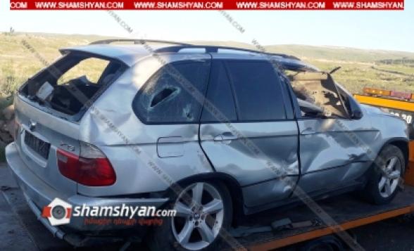 Շիրակի մարզում 28–ամյա վարորդը BMW X5-ով դաշտամիջյան ճանապարհին կողաշրջվել է. կա վիրավոր