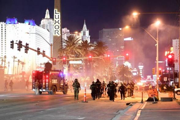В Лас-Вегасе во время акции протеста стреляли в сотрудника полиции