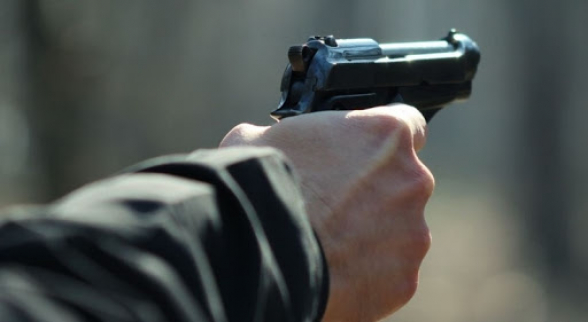 Համագյուղացիս՝ Վարդան Սմբատյանը, զենքը պահել է վրաս, հնչել է կրակոց, ջարդել են մեքենաս. միջադեպ Վայոց Ձորի Շատին համայնքում, շոշափվում է նաև մարզպետի խորհրդականի անունը