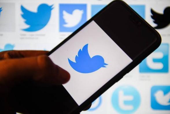 «Twitter» удаляет из кодов термины «хозяин», «раб» и «черный список»