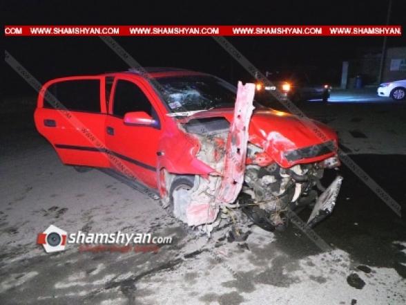 Արարատի մարզում 35-ամյա վարորդը Opel-ով կոտրել է եկեղեցու բակի ճաղավանդակները, այնուհետև՝ 3 ցայտաղբյուրներն ու երկաթե հովանոցը․ կա վիրավոր