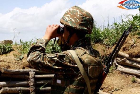 ВС Азербайджана обстреливают село Берд