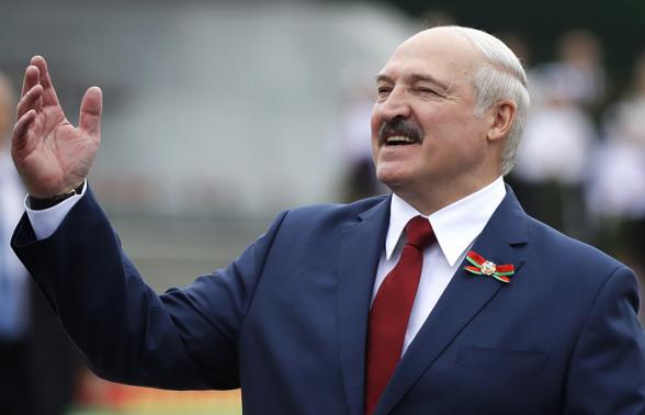 На президентских выборах в Белоруссии зарегистрированы Лукашенко и еще 4 кандидата