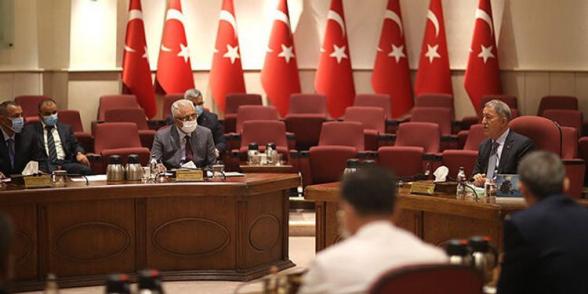 Ադրբեջանի ՌՕՈւ հրամանատարը մեկնել է Թուրքիա
