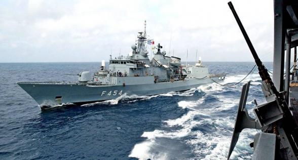 Корабли ВМС Турции и Греции задели друг друга в Средиземном море