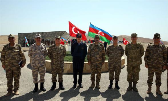 Ադրբեջանի պաշտպանության նախարարն ապավինում է Թուրքիայի աջակցությանը