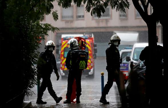 В Париже задержан ранивший прохожих мужчина