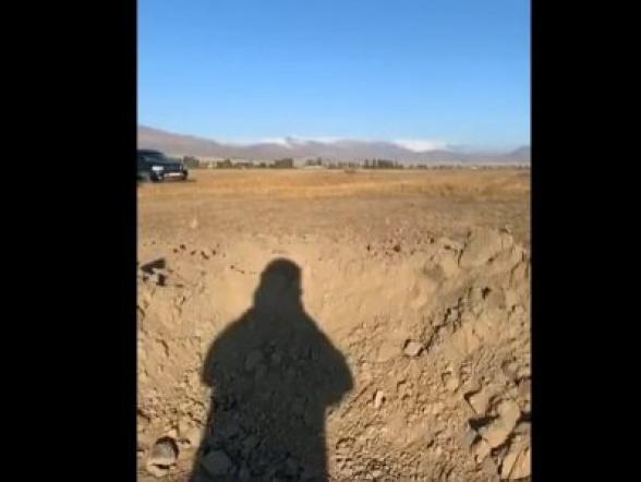 Հակառակորդը փորձել է հարվածել երկաթգծին, սակայն մի քանի հարյուր մետր վրիպել է. Արծրուն Հովհաննիսյանը Վարդենիսում է (տեսանյութ)