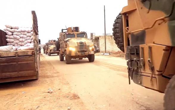 Протурецкие боевики напали на военную колонну своих покровителей (видео)