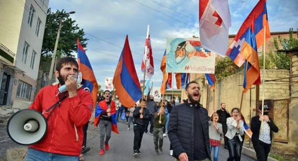 Ճանաչեք Արցախը. Թբիլիսիում հայերը բազմամարդ երթ են անցկացրել (լուսանկար)