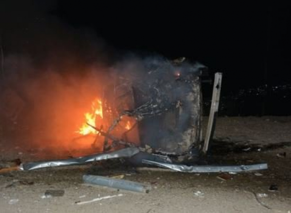 Вследствие обстрела Степанакерт сгорел автомобиль, разрушены здания, поврежден газопровод