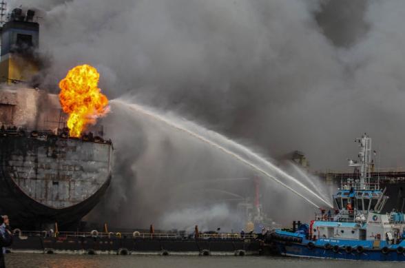 На российском танкере «Генерал Ази Асланов» произошел взрыв