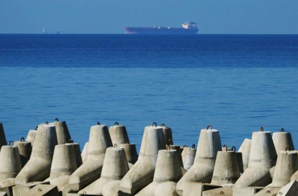 Ազովի ծովում պայթած լցանավը պատկանում է ադրբեջանցի օլիգարխ Մուբարիզ Մանսիմովին