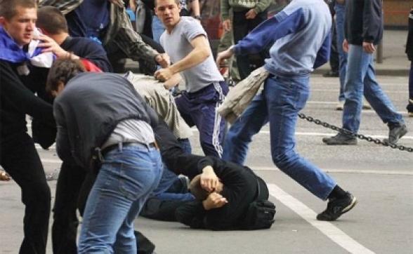 Երևանում մի խումբ անչափահասների վիճաբանությունն ավարտվել է ծեծկռտուքով, կա վիրավոր. ոստիկանությունը հայտնաբերել է միջադեպի 12 մասնակցի
