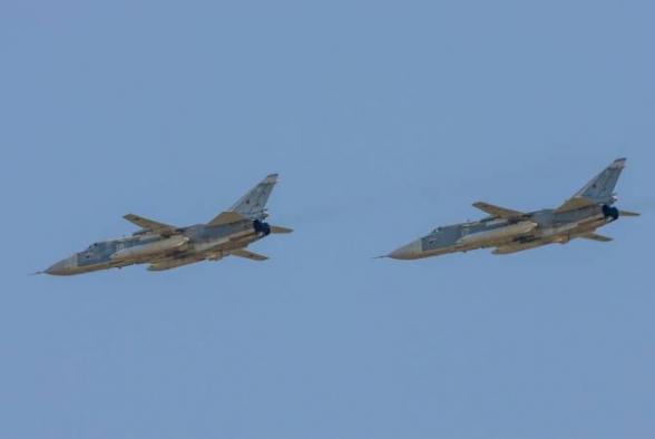 ВКС РФ провели масштабную атаку на поддерживаемый Турцией лагерь боевиков на севере Сирии