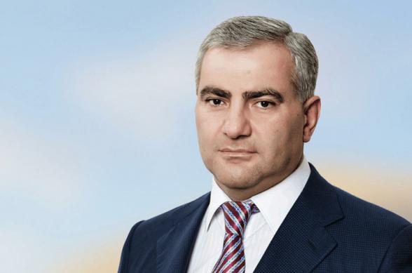 «Будут рождаться новые жизни»: Самвел Карапетян обещает восстановить разбомбленный роддом Степанакерта