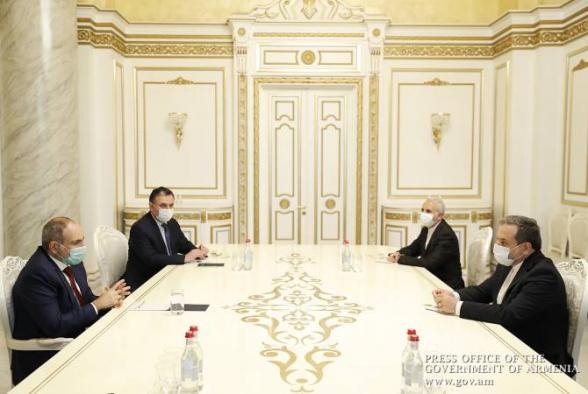 Փաշինյանն ընդունել է Իրանի արտաքին գործերի նախարարի տեղակալ Սեյյեդ Աբբաս Արաղչիին