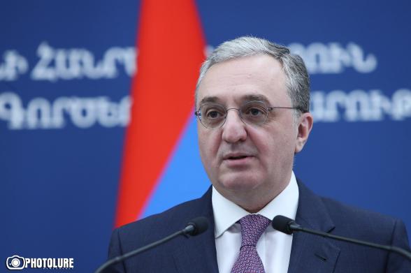 Бывший глава МИД Армении намерен вывезти свою семью – СМИ