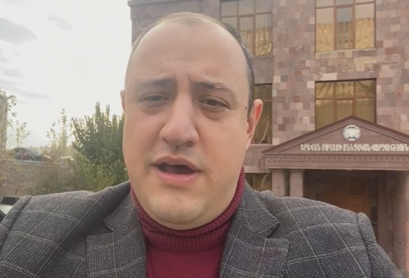 Միհրան Հակոբյանին մեղադրանք առաջադրվեց (տեսանյութ)