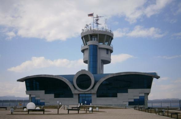 Самолеты ВКС РФ смогут использовать аэропорт в Степанакерте для обеспечения гуманитарных центров в Нагорном Карабахе – РИА «Новости»