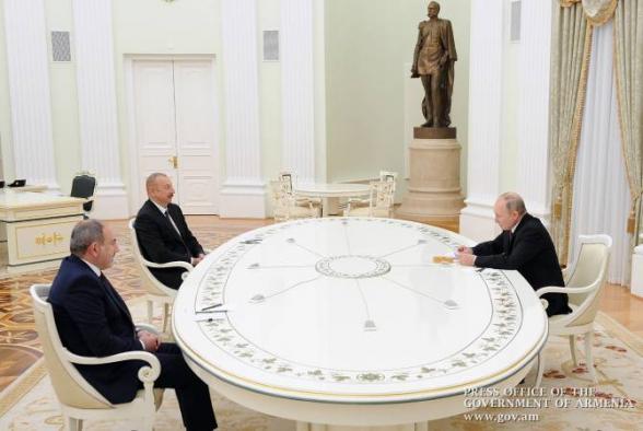 Замглавы МИД РФ проинформировал послов США и Франции об итогах встречи Путина, Пашиняна и Алиева