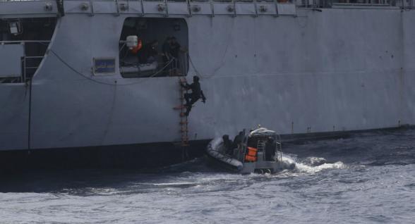 Ադրբեջանցին սպանվել է, թուրքական նավի անձնակազմի ևս 15 անդամ պատանդ են ծովահենների մոտ