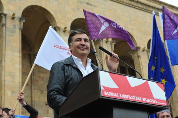 Саакашвили пообещал довести грузинскую оппозицию до победы