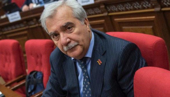 Отец попавшего в плен армянского солдата плюнул в лицо Андранику Кочаряну – «Dejavu»