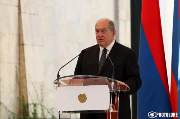Политическая борьба не должна выходить за рамки законности, приводить к потрясениям и к нестабильности – Армен Саркисян