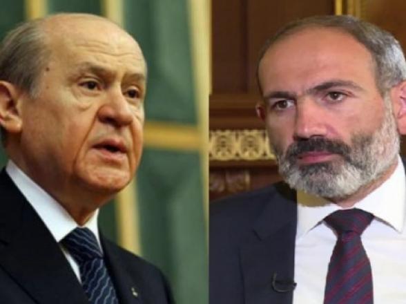 Թուրքական «Գորշ գայլեր» խմբավորման առաջնորդն իր աջակցությունն է հայտնել Փաշինյանին և քննադատել ԳՇ-ին