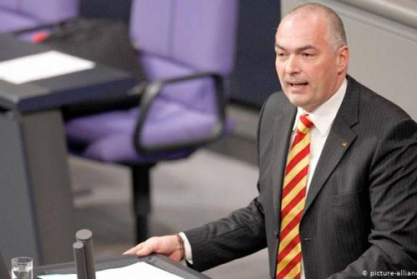 Бундестаг ФРГ лишил иммунитета депутата в связи с азербайджанской аферой