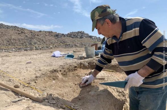 «Կարմիր բլուր»-ի հարակից տարածքում ուրարտական շրջանի նոր գտածոներ են հայտնաբերվել