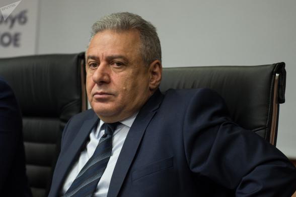 Считает ли министр обороны земли Арцаха армянскими? (видео)