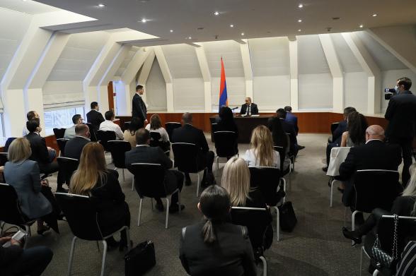 Пашинян обвинил в поражении в Карабахе Россию (аудиозапись)