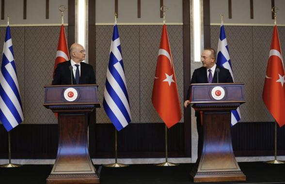 Թուրքիայի և Հունաստանի արտգործնախարարները հանդիմանել են իրար մամուլի ասուլիսի ժամանակ