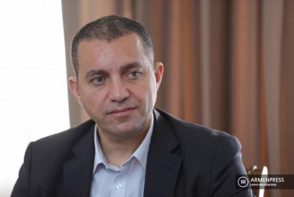 Глава Минэкономики Армении уйдет в отставку, если не добьется двузначного экономического роста