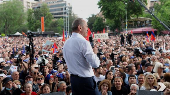 Որքա՞ն մարդ է մասնակցել Ռոբերտ Քոչարյանի գլխավորած «Հայաստան» դաշինքի հանրահավաքին