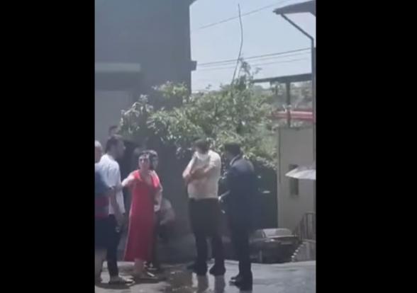 В Айгедзоре Тигран Авинян провоцирует граждан