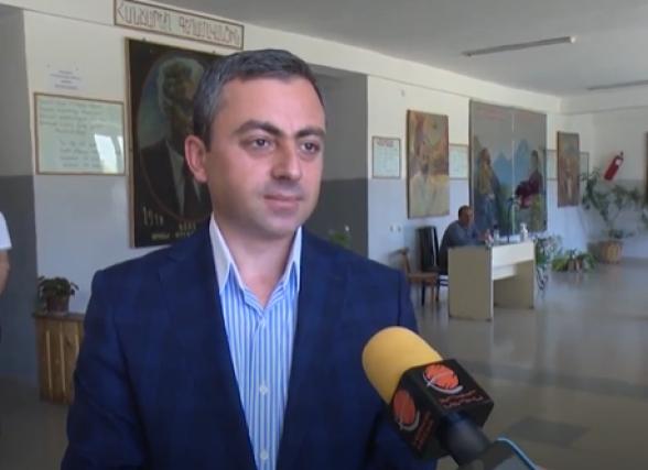 Ишхан Сагателян проголосовал во имя сильной Армении (видео)