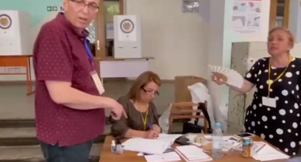 Армена Григоряна подвергли приводу из-за анонимного звонка в полицию (видео)