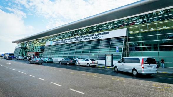 Թբիլիսիի օդանավակայանում մարդկանց էվակուացրել են կասկածելի պայուսակի պատճառով