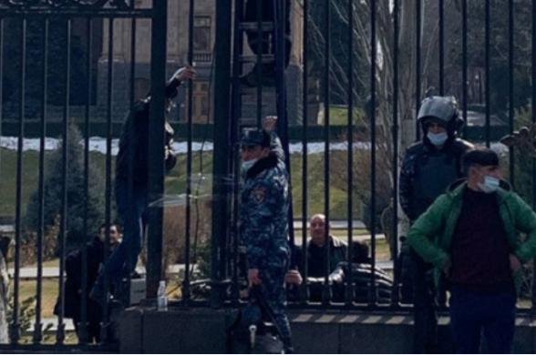 Այս իշխանության համար Հայաստանի անվտանգությունը սկսվում է Ազգային ժողովը սեփական քաղաքացիներից անառիկ պահելուց