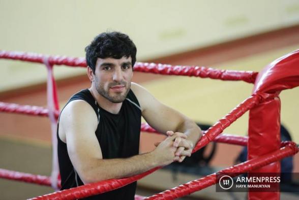 Токио-2020: боксер Ованнес Бачков победил азербайджанца и прошел в ¼ финала