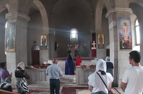 Российские миротворцы обеспечили безопасность паломников в Арцахе