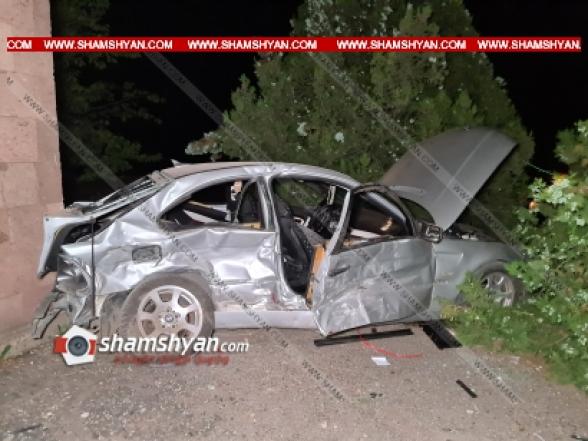 Արագածոտնի մարզում բախվել են BMW-ները, որոնցից մեկը հայտնվել է ԳԱԻ պոստի տարածքում․ կան վիրավորներ